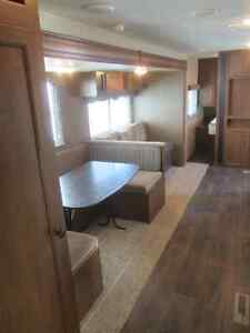 2014 Heartland Pioneer 30QB Travel Trailer ***QUAD BUNKS*** London Ontario image 9