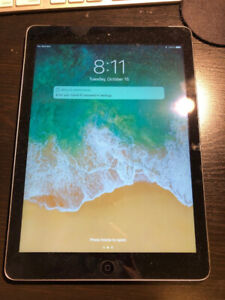Space Grey iPad Air, 16 GB WiFi + LTE Condition 9/10