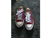 Burgundy red converse size 5 great condition