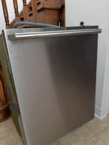 ElectroLux built in 24 in Dishwasher