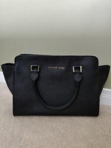 Michael Kors Leather Saffiano Bag