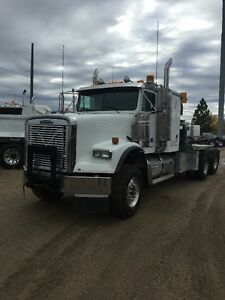 2004 FREIGHTLINER 120 SD, HEAVY HAUL WINCH TRACTROR