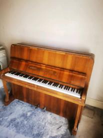 Carlton Piano