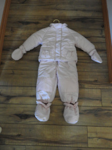Joe Brand Girl's Complete Snowsuit 6-12 mths