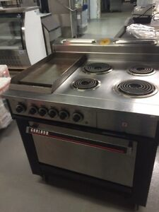 4 burner with flat grill oven electric Kitchener / Waterloo Kitchener Area image 2