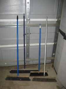 Snow and broom replacement handles