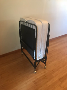 Rollaway Twin Mattress with metal folding frame (2)