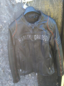 Brand new ladies Harley Davidson leather jacket medium was $549