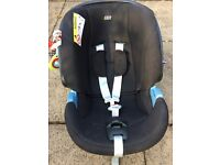 Mamas & Papas car seat and ISO fix base use from new born