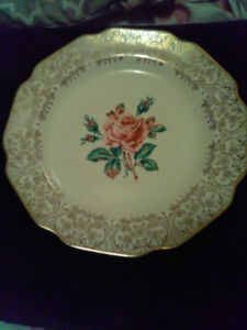 3 Beautiful Collector's Plates