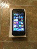 5s (16gb) PLUS CASH for 5s (32gb) silver or gold