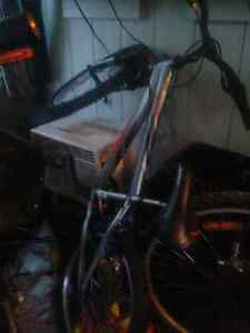 Kids mongoose 5 speed mountain bike for sale  great condition