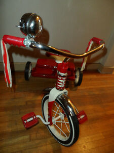 Radio Flyer Retro Red Dual-Deck Trike