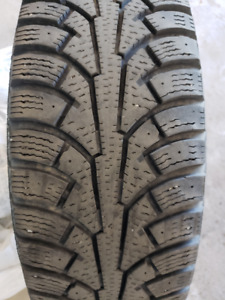 SET OF 4 x 195-65R15 Nordman 5 WINTER TIRES