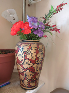 Vase with flowers-must go