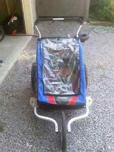 Chariot double stroller with accessories