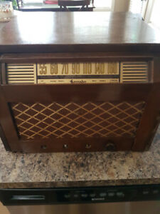 Vintage radio/record player