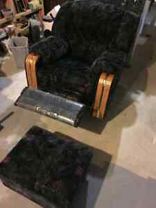 Sofa recliner with matching recliner chair