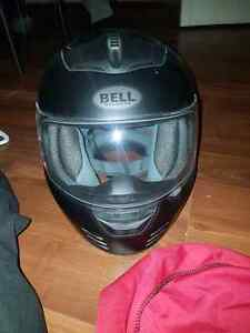 Brand new Bell helmet and tour master jacket  Windsor Region Ontario image 4