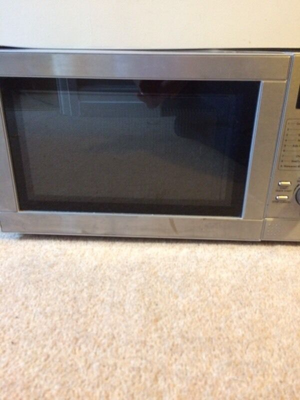 Microwave combination microwave oven and grill microwave 1200 W grill 1000 Win Morley, West YorkshireGumtree - Microwave combination microwave oven and grill microwave 1200 W grill 1000 Used but in full working order. You are welcome to test it if needed