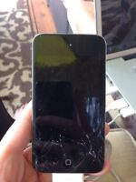 iPod touch 4th gen 32g FOR SALE