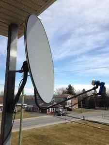 Antenne parabolique 90 cm – 30$