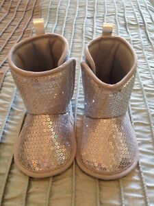 Baby Boots - Size 3