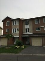 ***Rooms in Centrepointe house to rent-near Algonquin College