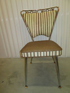 Wow! Chaise de cuisine funky vintage  kitchen chairs