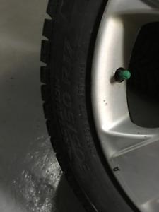 205/50 R17 Pirelli ICE zero on rims winter