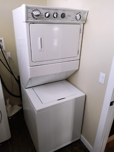 Apartment size washer and dryer combo
