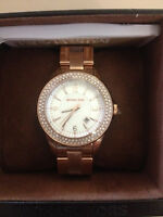 MITCHAEL KORS WOMENS ROSE GOLD WATCH***NEW
