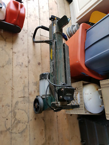 Wood splitter and chain saw