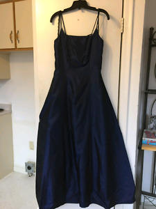 Graduation/ prom Dress
