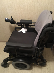 TDX SP Power Wheelchair midwheel