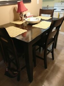 DINNING BAR TABLE 54 BY 36 BY 54 BRAND NEW IN BOX$250.00