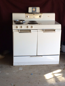 Vintage 1950's Electric Stove