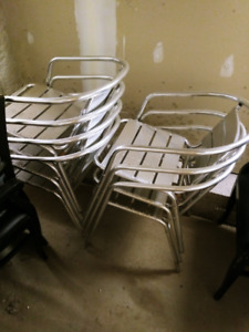 Outdoor/Patio Chairs