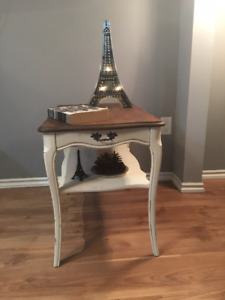 Gorgeous Shabby Chic Side Table**** Solid Wood