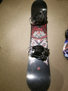 Burton snowboard 134 cm with Lamar bindings