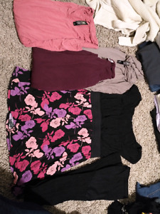 Clothing top & accessory lot! Size large-xl