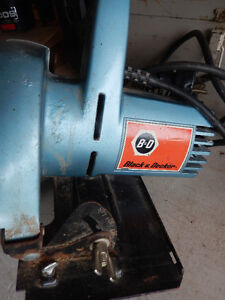 Black and Decker Silk Saw with carrying box $25.00