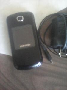 Samsung sgh-c414r cellular / Cellulaires Samsung flip phone cell