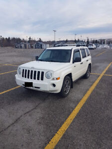 2008 Jeep Patriot 4WD 2.4 L Sport