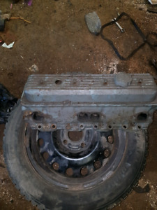 Chev small block cylinder head's