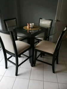 Pleasant Buy Or Sell Dining Table Sets In Barrie Furniture Home Interior And Landscaping Elinuenasavecom