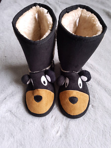 Lazy One slippers/ boots *brand new 13/1