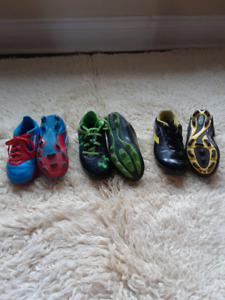 Used boys soccer cleats