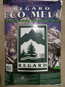 Ice Melter 20kg Environmentally Friendly Best price in the Area Kitchener / Waterloo Kitchener Area image 1