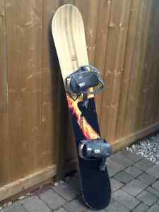 ARC 154 Agression Snowboard with Ride L.S. bindings